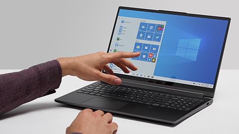 1920_Panel02_3Up_Windows10
